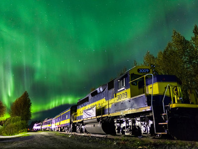 Alaska Aurora Winter Train | Chena Hot Springs